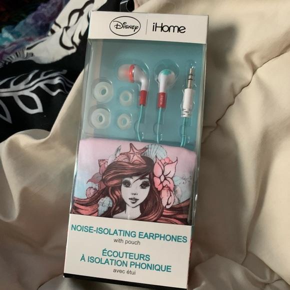 Disney iHome noise-isolating earphones